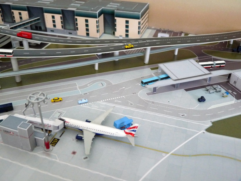 003_LHR_No Point Airport_preview.JPG